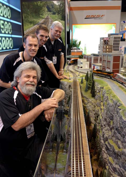Lionel's Mike Phillips with TW TrainWorx Traingineers